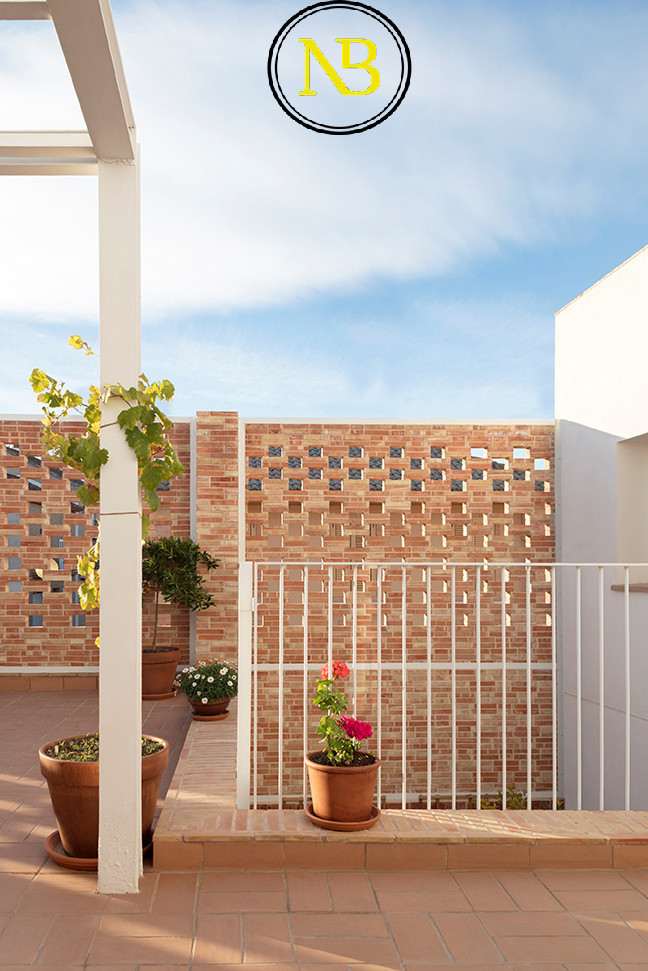 خانه اسپانیایی به سبک مدرن