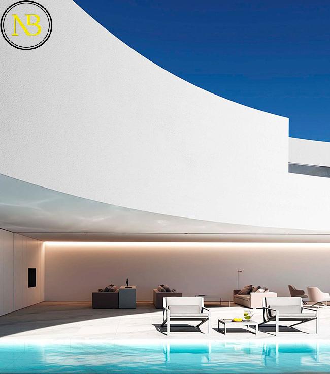 طراحی ویلای منیمال توسط دفتر معماری Fran Silvestre