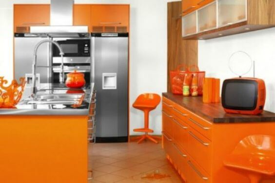 طراحی و دکوراسیون به رنگ نارنجی | مکمل رنگ نارنجی در دکوراسیون | رنگ نارنجی با چه رنگی ست میشه؟ | اتاق خواب | روانشناسی رنگ | سایت معماری نیما بلواسی